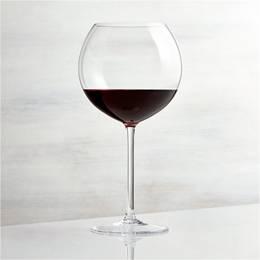 Чаши за бургундско вино